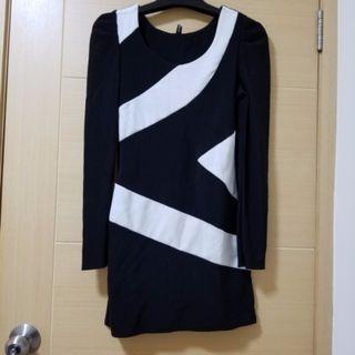 黑白斜間貼身裙 Black and white one piece dress