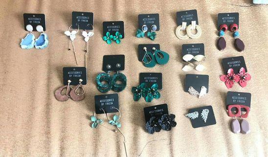 🚚 Pre Order Fashionable Summer Earrings from Thailand (Resellers are Welcome)