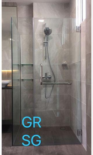 Swing door L shaped shower screen in tempered glass