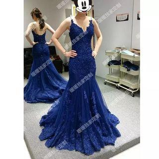 🚚 Fish tail blue wedding dress gown