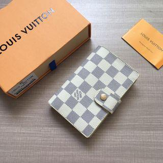 LV short style Wallet