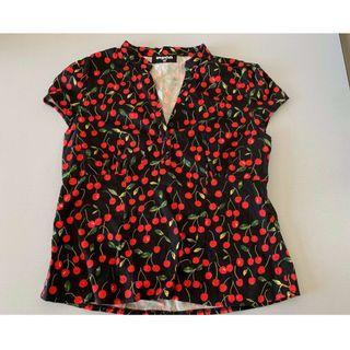 🍒Dangerfield Retro Rockabilly 50's Vintage Black Cherries Collarless Top 🍒