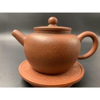 🚚 ~壺風茶道~A008《宜興紫砂 早期原礦梨皮朱泥 平蓋蓮子壺》~古董、茶壺