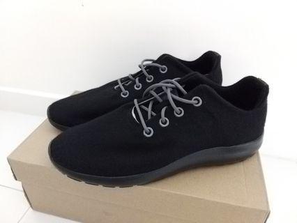 Black Wool Sneakers