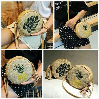 韓版 夏天必備 手工 鳳梨 刺繡 編織包 水果 旺來 草編包 芭蕉葉 休閒 藤編包 葉子 海邊 度假 肩背包
