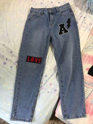 Tumblr inspired Boyfriend Jeans