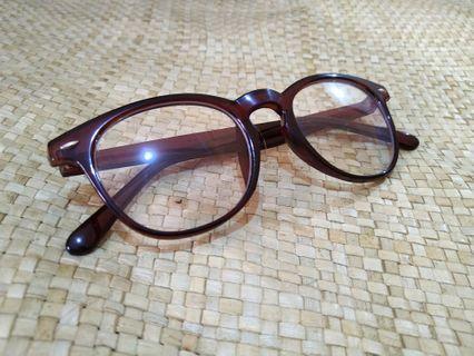 Brown Eyeglasses / Kacamata Cokelat