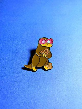 (Enamel Pin) Niffler Harry Potter Fantastic Beasts Newt Scamander