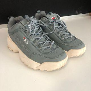 *REDUCED* AUTHENTIC FILA DISRUPTOR II WOMENS SNEAKERS GREY SIZE 39/US 8