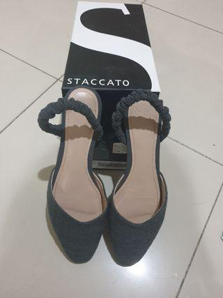Staccato flats