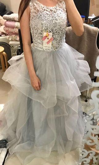 晚裝 / 輕婚紗