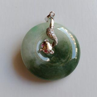 Jade Carving: Jade Donut c/w 925 Silver Clasp