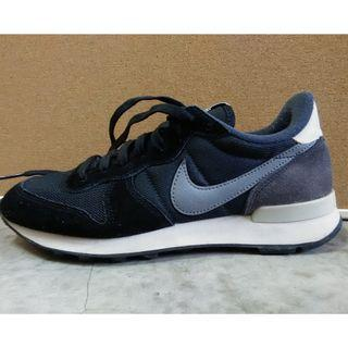 Nike sport shoes UK 4.5 US 7 EU 38
