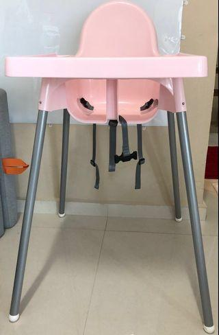 🚚 Baby High Chairs with trays and belts