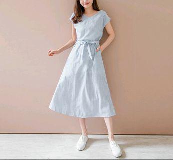 🚚 V領棉麻洋裝