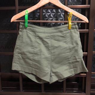 🚚 H&M Shorts
