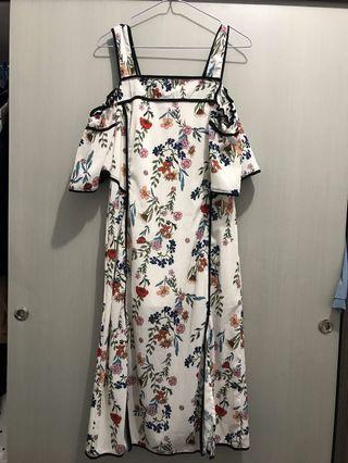 Flowery Dress White in Off Shoulder