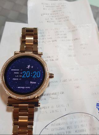 🚚 Reduced price Michael Kors Smart Watch