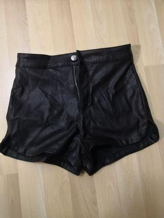 H&M leather short