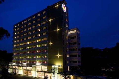 Hotel Re! @ Pearl's Hill (2 Bedrooms Family Suite)
