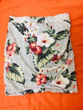 🚚 Zara夏威夷風短裙