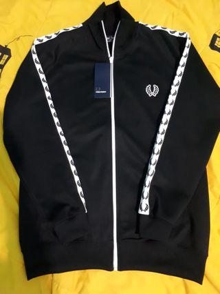 Fred perry track black