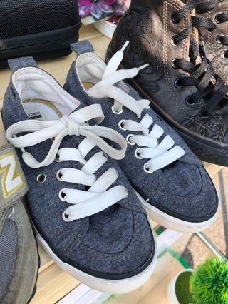 Cotton On-kids shoes