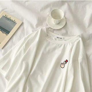 愛心刺繡T恤