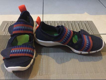 Preloved authentic Adidas zilia stella sport