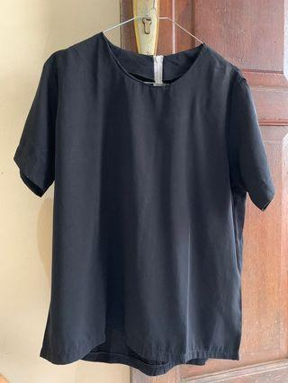 SALE 35.000 BLOUSE HITAM