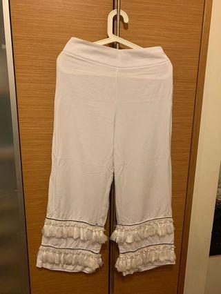 🚚 White Culottes with fringes