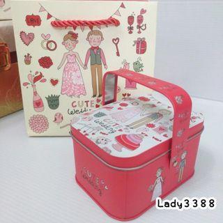 🚚 結婚新人手提式長方小鐵盒紙袋組 W182