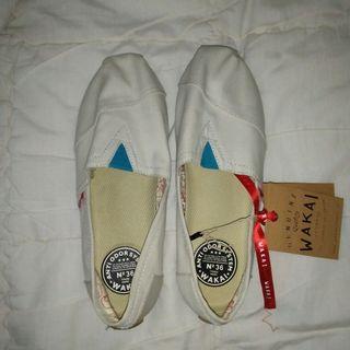 Wakai Shoes / Sepatu Wakai