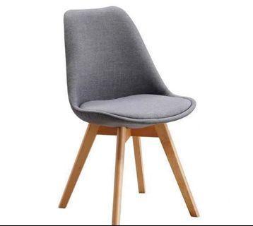 Wooden Chair 實木餐桌椅/書桌椅