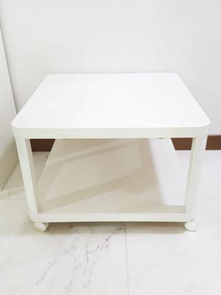 Tingby side table with castors