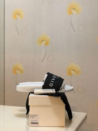 BN Givenchy Logo Black / White Rubber Slides 42