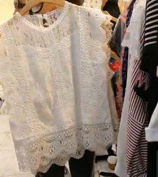 韓製白色蕾絲無袖上衣