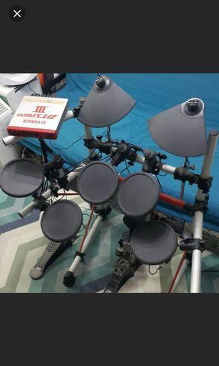 YAMAHA DTXPRESS III Electronic Drum Set 電子豉