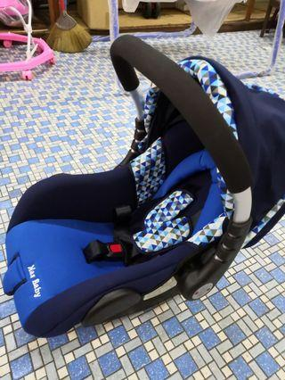 3 in 1 car seat carrier and rocking bed