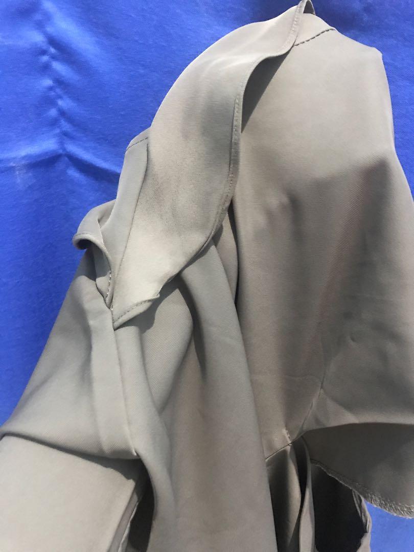 Baju masih bagus, jual karna jarang pakai(this is april NO ukuran)