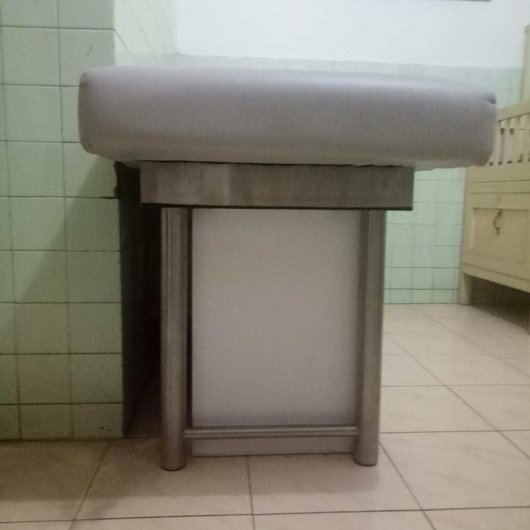 Bed Salon (Cocok untuk bisnis facial, lash extention) ONLY COD