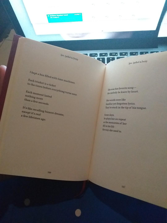 buku kumpulan puisi