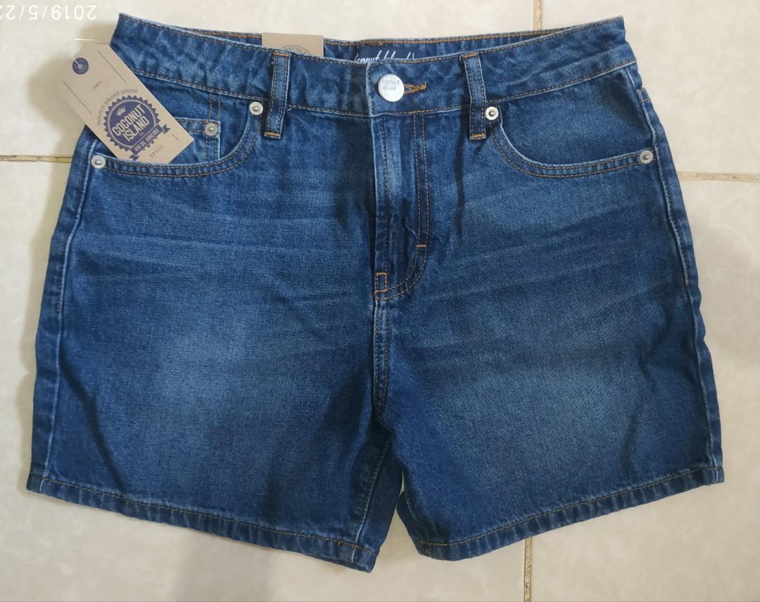 Celana Pendek Hotpants Jeans Wanita Coconut Island Size 28