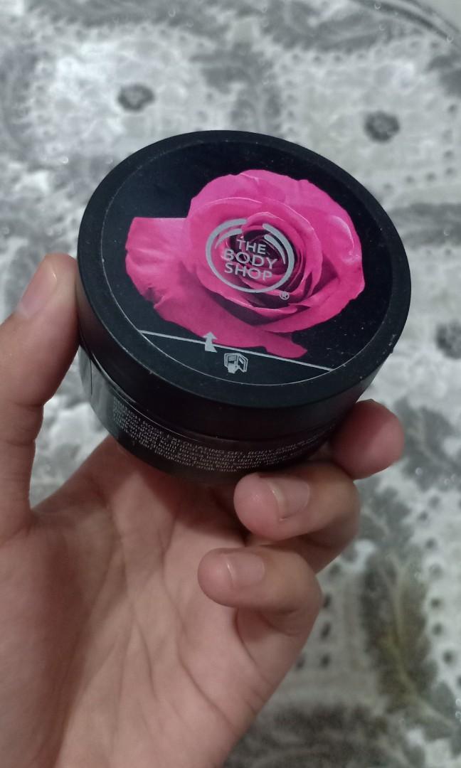 EDT bonus bodyscrub the body shop british rose