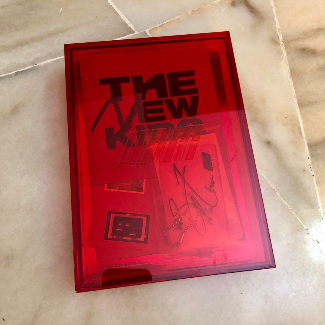 IKON Repackage New Kids - Red ver. / Unsealed / full set