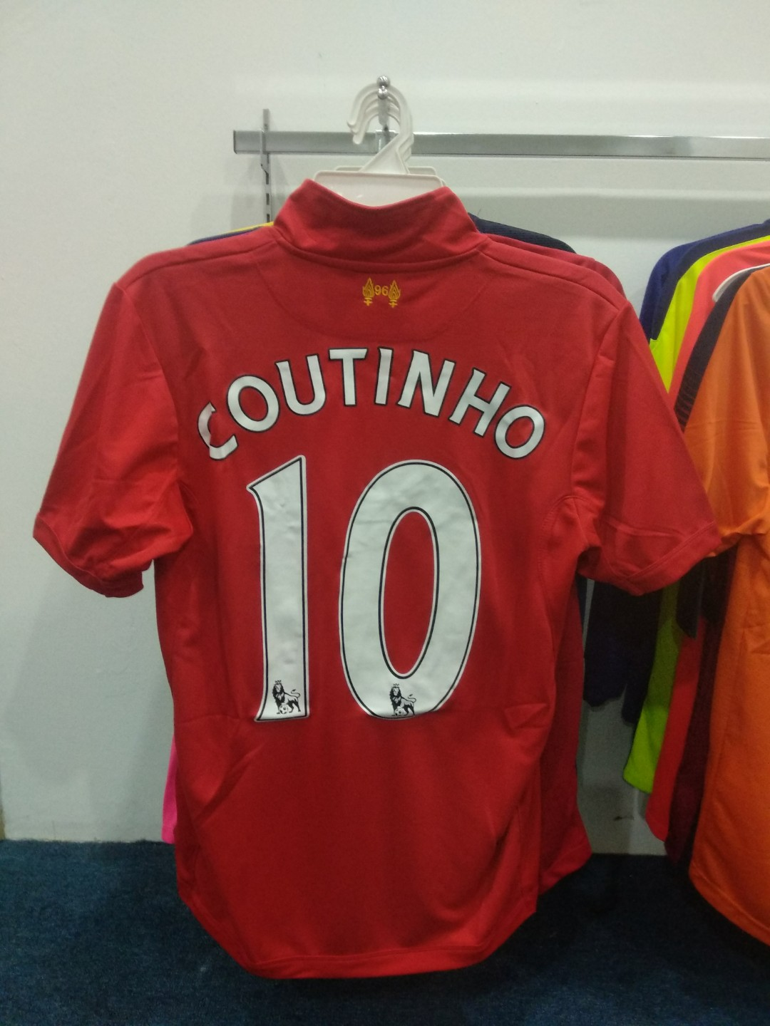 sale retailer 8592d 2ade2 Liverpool Coutinho 2012/13 Classic Home Kit S Size