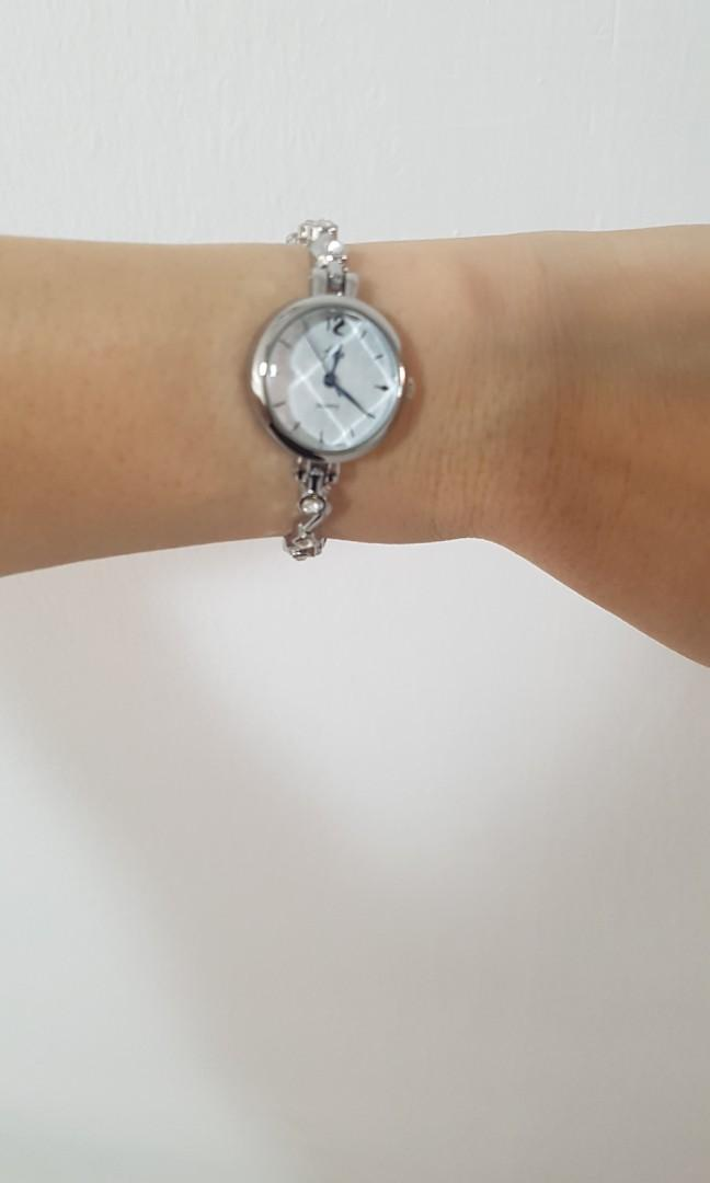 NEW bracelet strap watch