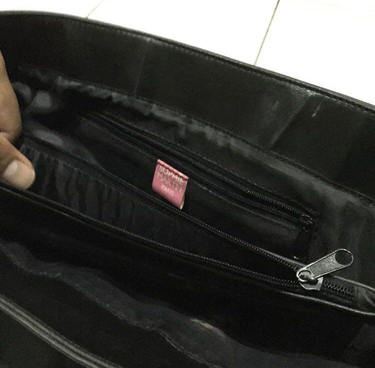 Sophie Martin Leather Sling bag