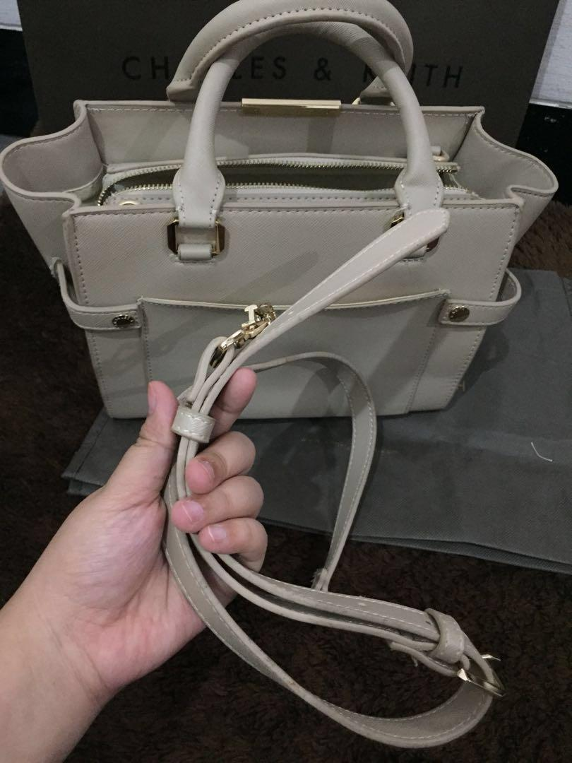 Tas charles & keith original