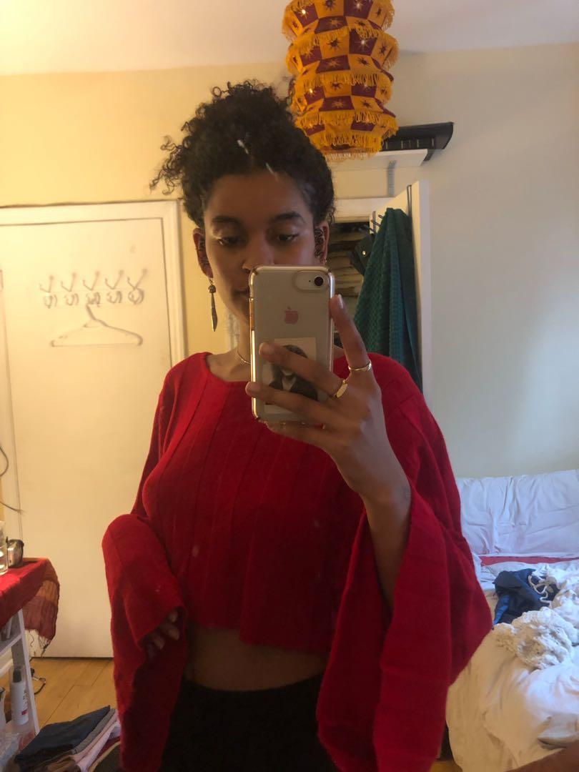 WIDE SLEEVE CROPPED RED SWEATER - FASHION NOVA